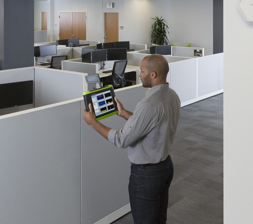 Netscout OptiView XG in use