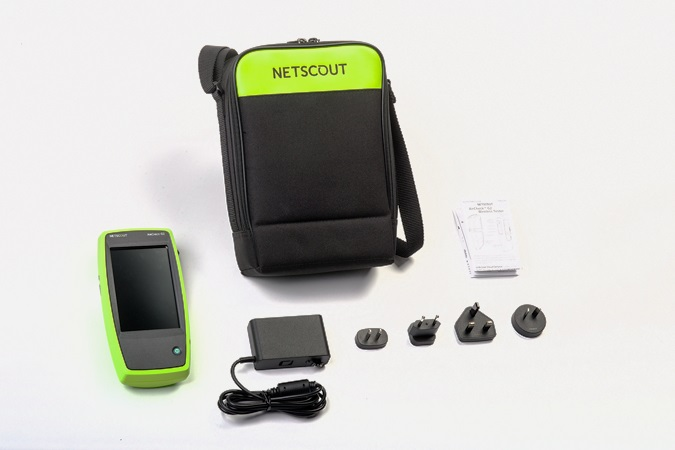Netscout AirCheck G2 shipswith
